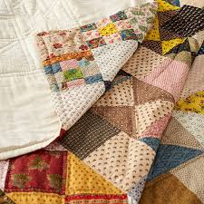 Quilts with knife edge binding